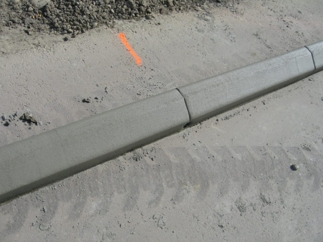 5X6 curb with weep hole