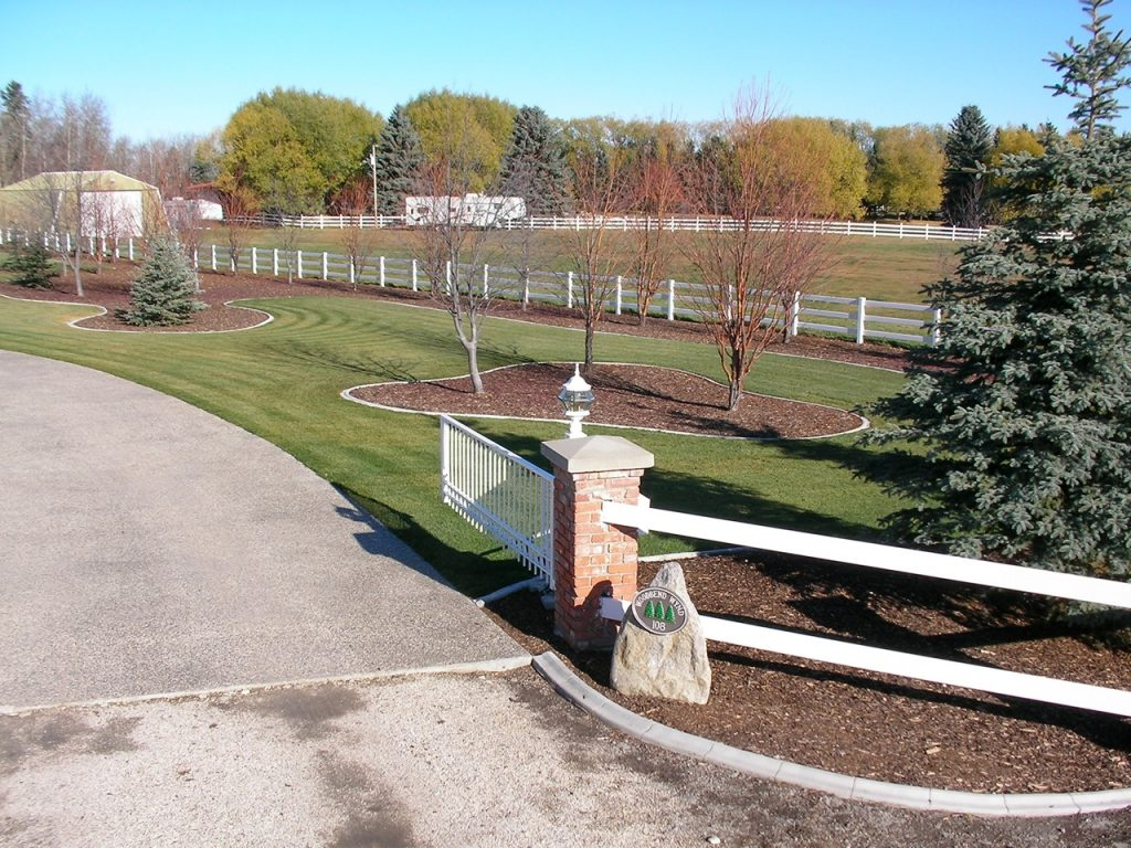 light colour goes well with fence rails