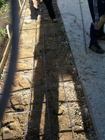 """3.5"""" deep is the proper depth for a driveway slab."""