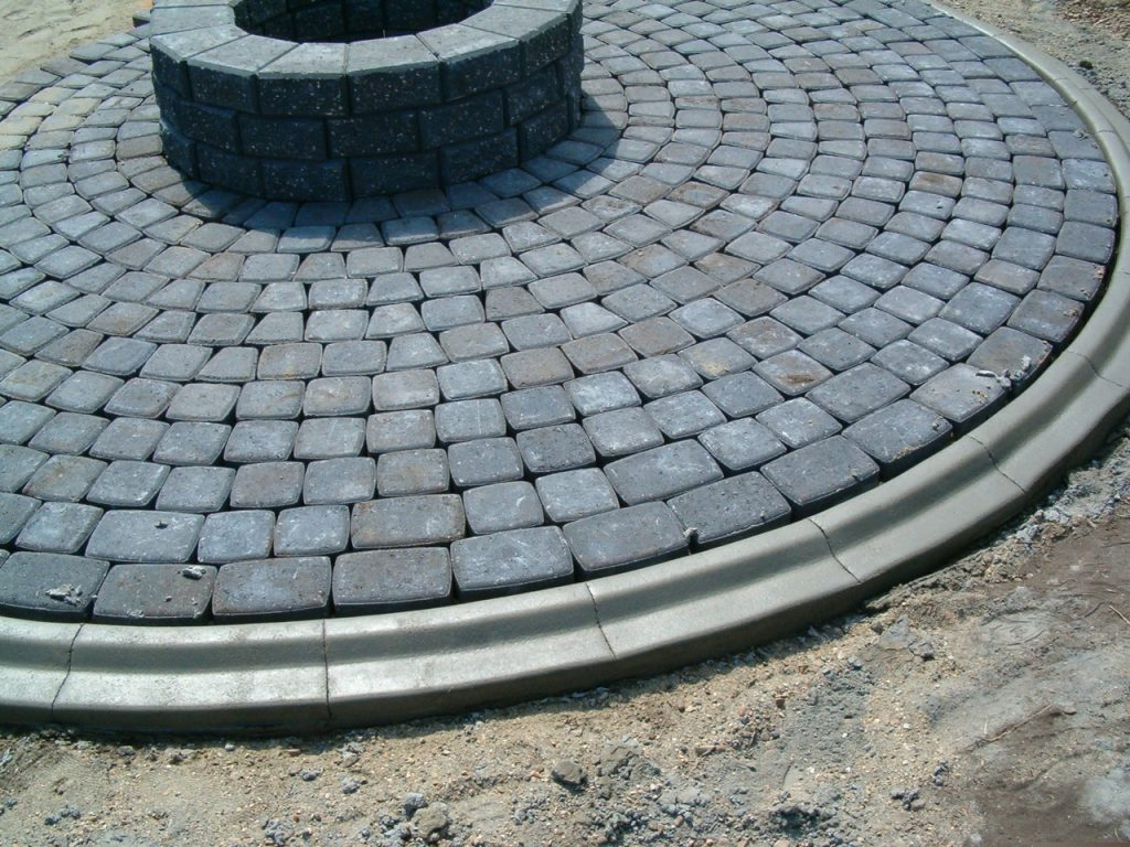 we can install curb aside existing pavers